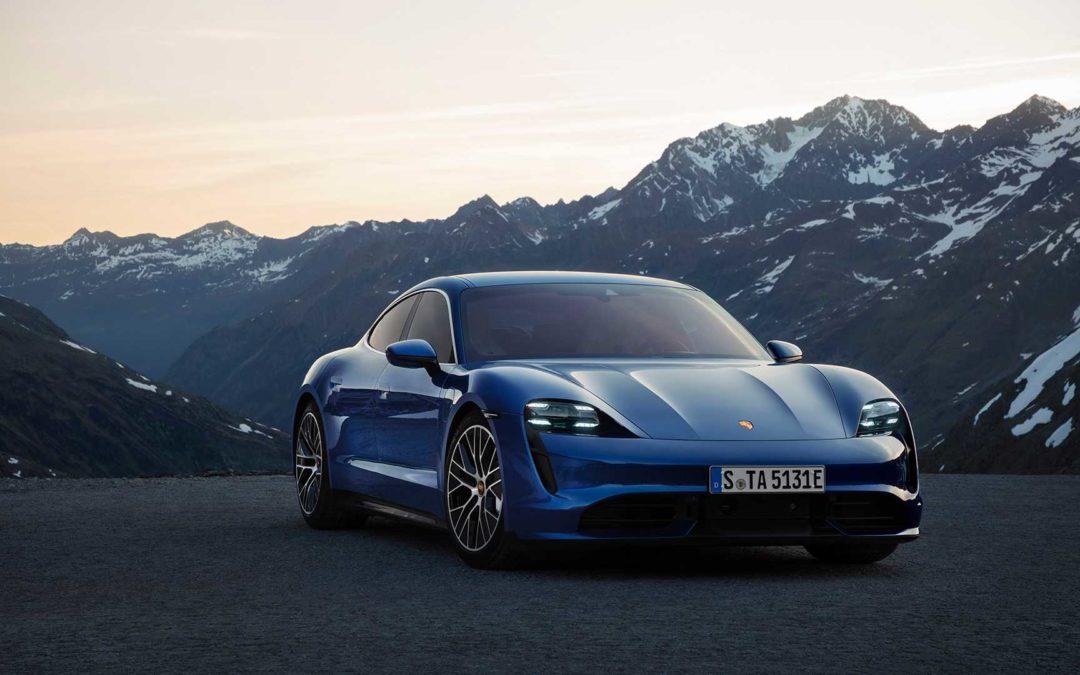 Finale Produktionsversion des Porsche Taycan vorgestellt