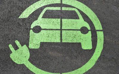 Batterie von E-Auto leer? Was tun?
